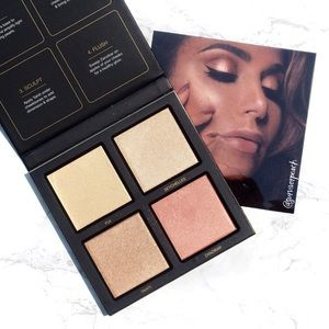 NEW Huda Beauty Golden Sands 3D Highlighter palette